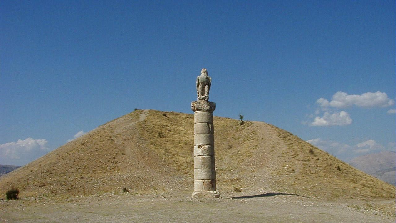 El túmulo de Karakuş