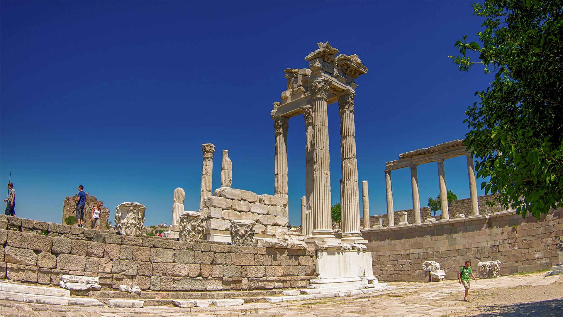 El templo de Trajano